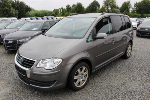 verkauft vw touran 2 0 tdi united 1 ha gebraucht 2008 km in landau a d isar. Black Bedroom Furniture Sets. Home Design Ideas
