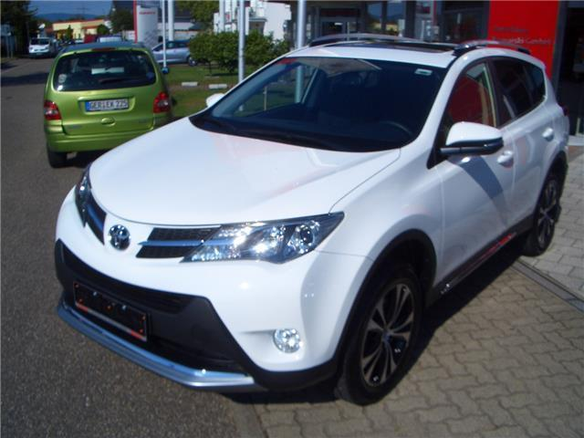 verkauft toyota rav4 2 0 4x4 automatik gebraucht 2015 50 km in landau. Black Bedroom Furniture Sets. Home Design Ideas