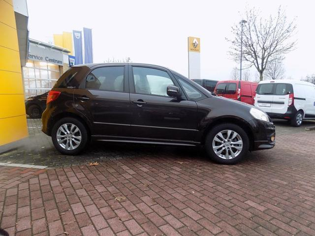 verkauft suzuki sx4 1 6 vvt comfort na gebraucht 2013 km in schwerin. Black Bedroom Furniture Sets. Home Design Ideas