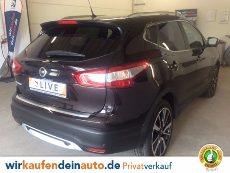verkauft nissan qashqai 1 6 dci tekna gebraucht 2015 km in berlin. Black Bedroom Furniture Sets. Home Design Ideas