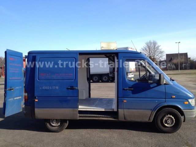 verkauft mercedes sprinter kasten 212 d gebraucht 1996 km in heinsberg. Black Bedroom Furniture Sets. Home Design Ideas