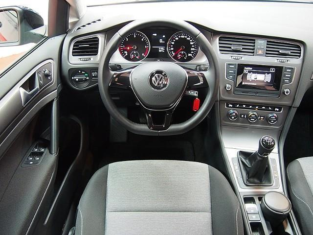 verkauft vw golf vii 1 6 tdi standheiz gebraucht 2014 9. Black Bedroom Furniture Sets. Home Design Ideas