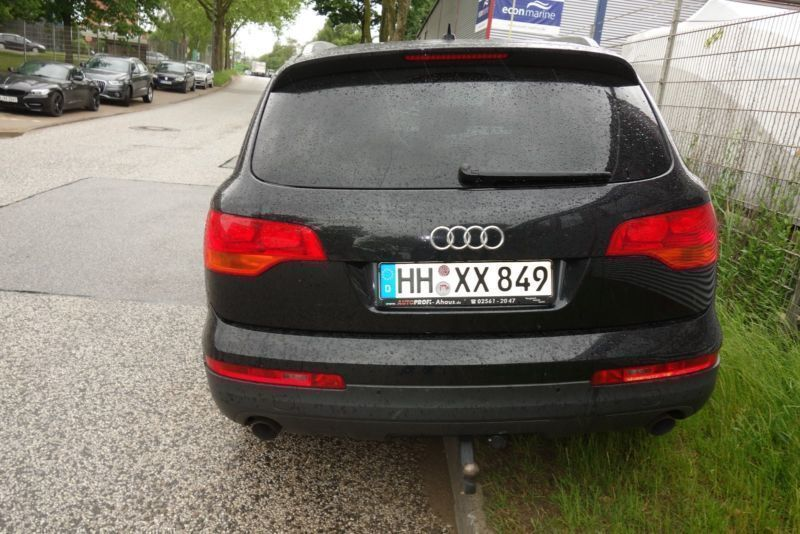 verkauft audi q7 3 0 tdi dpf quattro t gebraucht 2007 km in hamburg. Black Bedroom Furniture Sets. Home Design Ideas