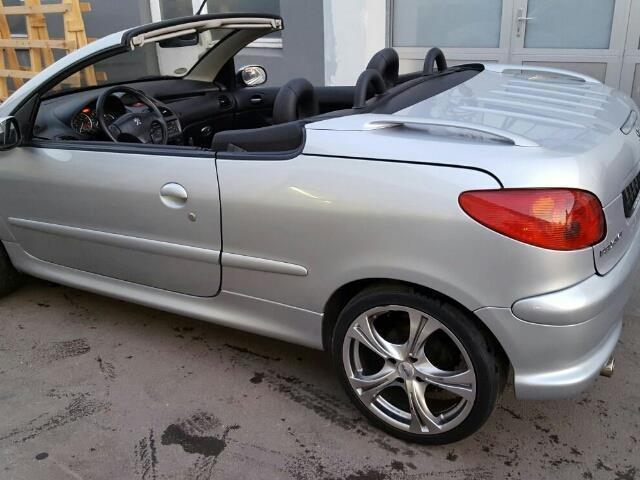 verkauft peugeot 206 cc 135 platinum gebraucht 2004 km in essen. Black Bedroom Furniture Sets. Home Design Ideas