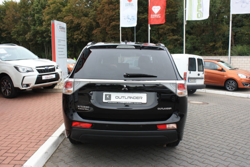 verkauft mitsubishi outlander invite gebraucht 2013 km in stahnsdorf. Black Bedroom Furniture Sets. Home Design Ideas