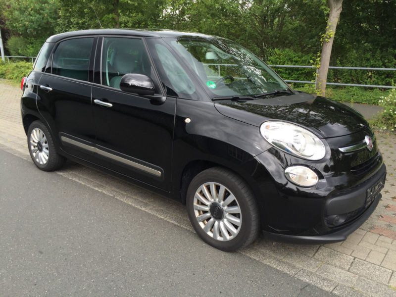 verkauft fiat 500l 1 4 16v pop star kl gebraucht 2015 km in haiger. Black Bedroom Furniture Sets. Home Design Ideas
