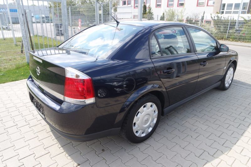 verkauft opel vectra 2 2 gebraucht 2004 km in ahrensfelde. Black Bedroom Furniture Sets. Home Design Ideas