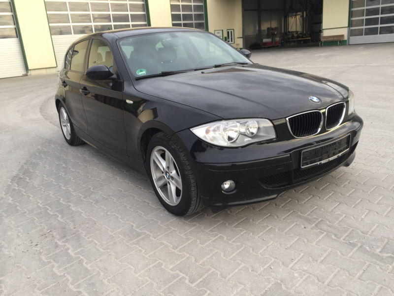 verkauft bmw 120 d klimaautomatik euro4 gebraucht 2005 km in kassel. Black Bedroom Furniture Sets. Home Design Ideas