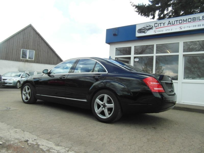 verkauft mercedes s500 s klasse lim gebraucht 2007 km in bergen. Black Bedroom Furniture Sets. Home Design Ideas