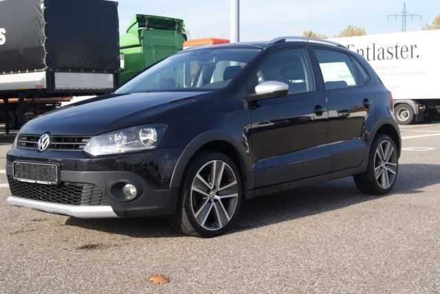 verkauft vw polo cross polo gebraucht 2011 km in freiburg. Black Bedroom Furniture Sets. Home Design Ideas