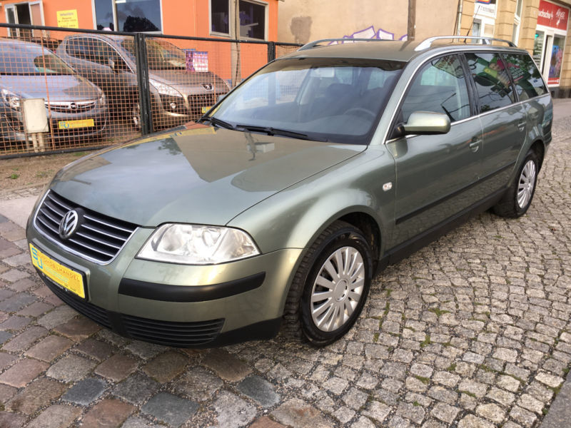 verkauft vw passat variant comfortline gebraucht 2002 km in dresden. Black Bedroom Furniture Sets. Home Design Ideas