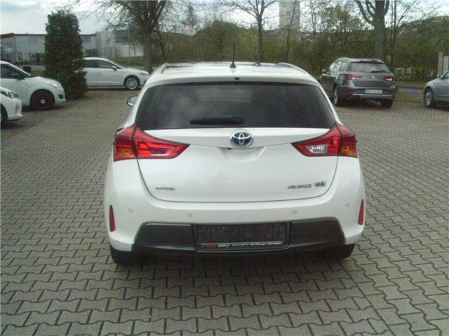 gebraucht 1 8 hybrid executive toyota auris 2013 km in bad wildungen. Black Bedroom Furniture Sets. Home Design Ideas