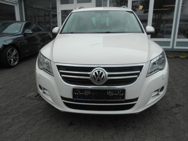 gebraucht 2 0 tdi dpf 4motion track vw tiguan 2009 km in sankt augustin. Black Bedroom Furniture Sets. Home Design Ideas