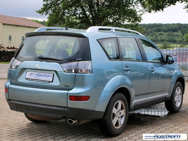 verkauft mitsubishi outlander 2 4 2wd gebraucht 2010 km in stralsund. Black Bedroom Furniture Sets. Home Design Ideas