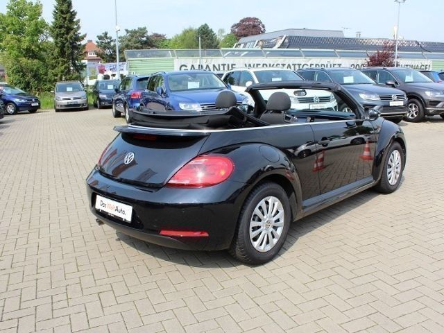 verkauft vw beetle cabrio 2 0 tdi basi gebraucht 2016. Black Bedroom Furniture Sets. Home Design Ideas