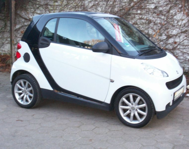 verkauft smart fortwo coup automat 1 gebraucht 2008 km in hamburg. Black Bedroom Furniture Sets. Home Design Ideas
