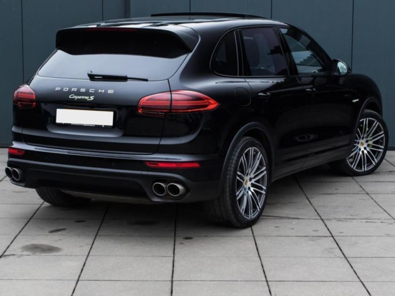 verkauft porsche cayenne s e hybrid e gebraucht 2016. Black Bedroom Furniture Sets. Home Design Ideas