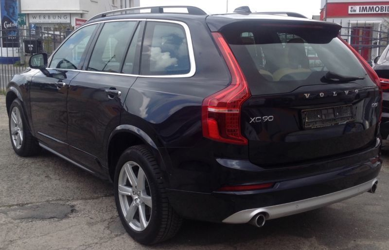 verkauft volvo xc90 momentum awd led 7 gebraucht 2016 km in rostock. Black Bedroom Furniture Sets. Home Design Ideas