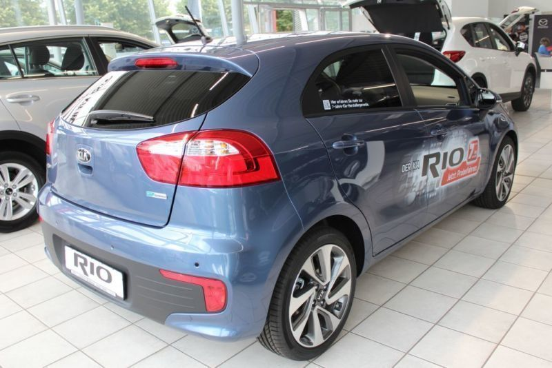 verkauft kia rio 1 2 spirit pdc klim gebraucht 2016 km in stade. Black Bedroom Furniture Sets. Home Design Ideas