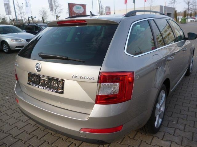 verkauft skoda octavia combi elegance gebraucht 2013 km in augsburg. Black Bedroom Furniture Sets. Home Design Ideas