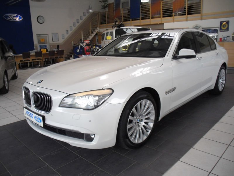 verkauft bmw 740 d navigation xenon le gebraucht 2012 km in oldenburg. Black Bedroom Furniture Sets. Home Design Ideas