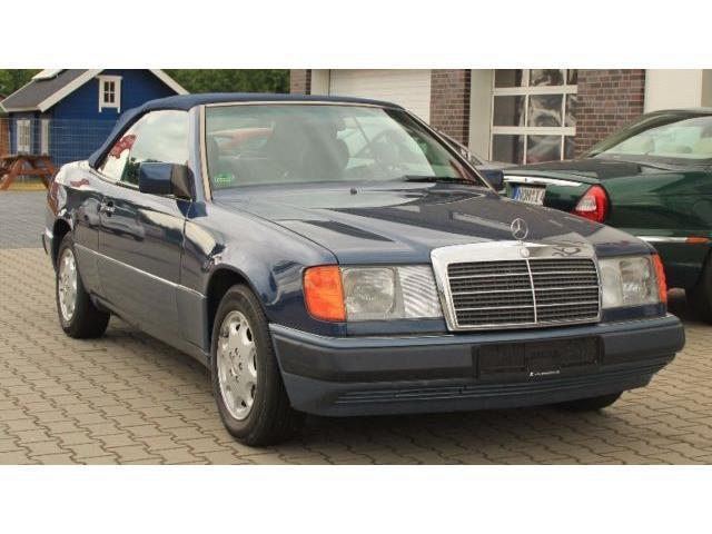 verkauft mercedes e300 ce 24 cabrio gebraucht 1993 115. Black Bedroom Furniture Sets. Home Design Ideas