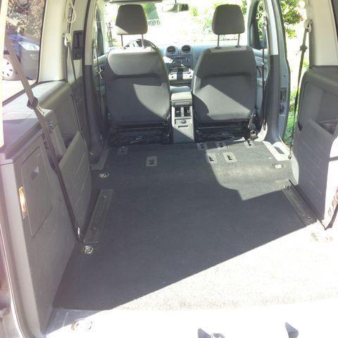 verkauft vw caddy maxi trend gebraucht 2011 km. Black Bedroom Furniture Sets. Home Design Ideas