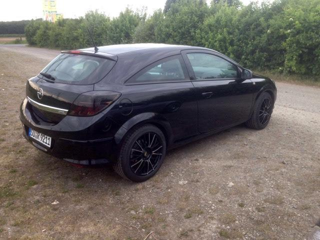 verkauft opel astra gtc gtc 1 6 gebraucht 2009 km. Black Bedroom Furniture Sets. Home Design Ideas