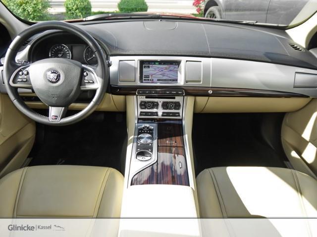 verkauft jaguar xf sportbrake 3 0 d v6 gebraucht 2014. Black Bedroom Furniture Sets. Home Design Ideas