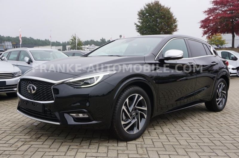 verkauft infiniti q30 premium na gebraucht 2016 300 km in korbach. Black Bedroom Furniture Sets. Home Design Ideas