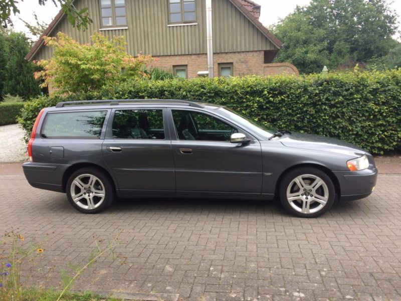 verkauft volvo v70 d5 move gebraucht 2005 km in. Black Bedroom Furniture Sets. Home Design Ideas