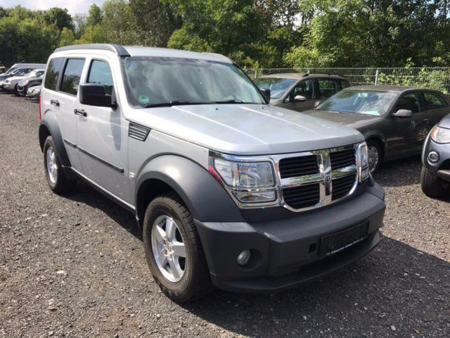 gebraucht 2 8 crd dpf automatik sxt dodge nitro 2010 km in eschwege. Black Bedroom Furniture Sets. Home Design Ideas