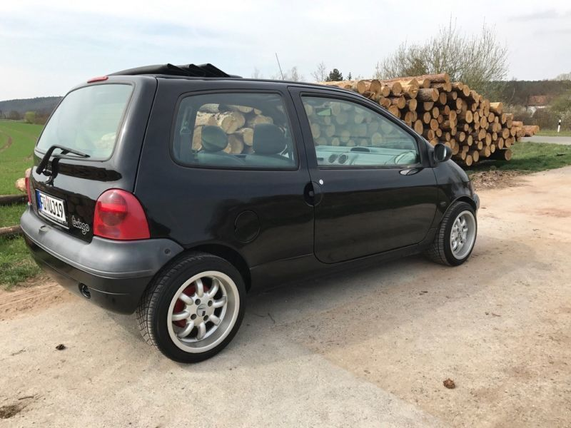 verkauft renault twingo mit faltdach gebraucht 2000 km in oberasbach. Black Bedroom Furniture Sets. Home Design Ideas