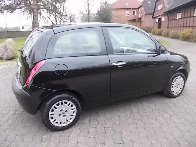 verkauft lancia ypsilon y 1 2 16v plat gebraucht 2005 km in isernhagen. Black Bedroom Furniture Sets. Home Design Ideas