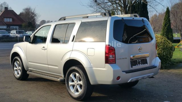 verkauft nissan pathfinder 2 5 dci aut gebraucht 2012 km in steinfeld. Black Bedroom Furniture Sets. Home Design Ideas