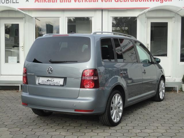 verkauft vw touran 1 4 tsi dsg r line gebraucht 2010. Black Bedroom Furniture Sets. Home Design Ideas