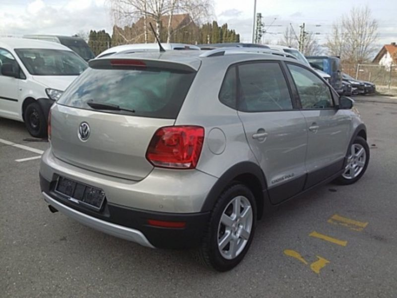 gebraucht crosspolo 1 2 tsi vw polo cross 2011 km in syke. Black Bedroom Furniture Sets. Home Design Ideas
