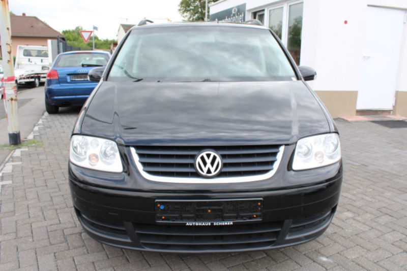 verkauft vw touran 1 9 tdi 2 hand dsg gebraucht 2004 km in mainz. Black Bedroom Furniture Sets. Home Design Ideas