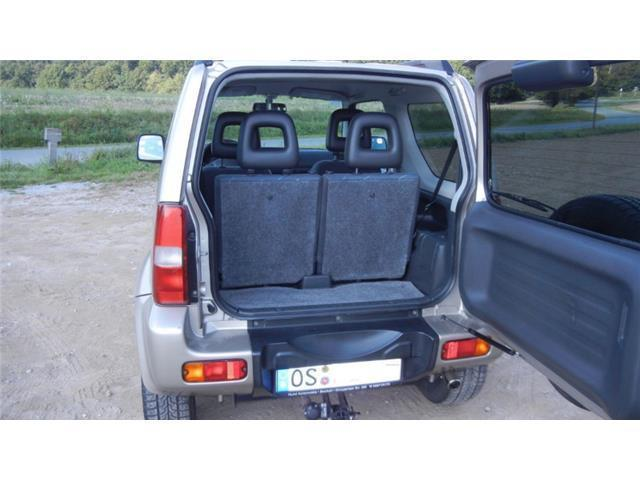 verkauft suzuki jimny club gebraucht 2003 km in berlin. Black Bedroom Furniture Sets. Home Design Ideas