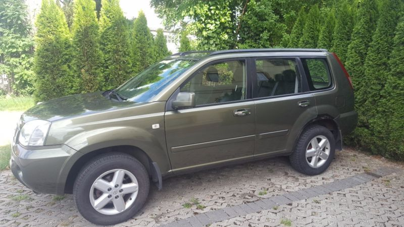verkauft nissan x trail 2 5 4x4 editio gebraucht 2004 km in edling. Black Bedroom Furniture Sets. Home Design Ideas