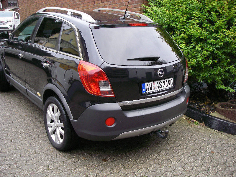 verkauft opel antara cosmo 4x4 gebraucht 2012 km in altenahr. Black Bedroom Furniture Sets. Home Design Ideas