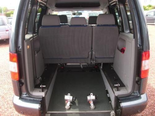 verkauft vw caddy 1 9 tdi dpf life pdc gebraucht 2010. Black Bedroom Furniture Sets. Home Design Ideas