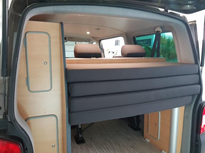 verkauft vw t5 camper wohnmobil ausbau gebraucht 2013. Black Bedroom Furniture Sets. Home Design Ideas