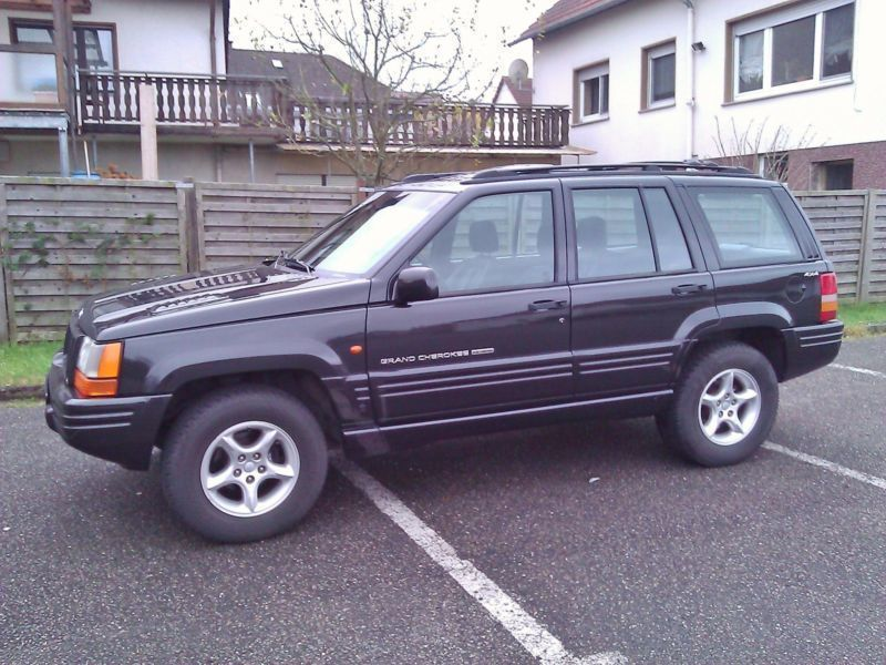 verkauft jeep grand cherokee 5 9 limit gebraucht 1998 km in schemmerhofen. Black Bedroom Furniture Sets. Home Design Ideas