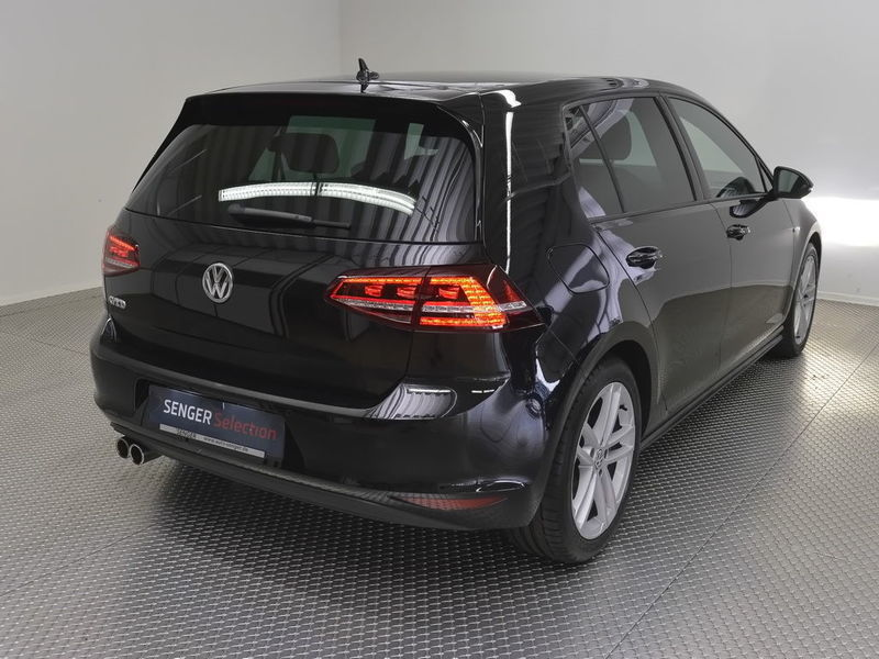 gebraucht gtd xenon navi discover pro licht und sich vw golf vii 2013 km in bad. Black Bedroom Furniture Sets. Home Design Ideas