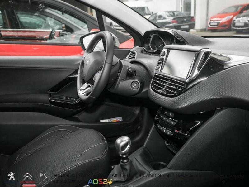 verkauft peugeot 208 blue hdi 120 s s gebraucht 2015 km in leipzig. Black Bedroom Furniture Sets. Home Design Ideas