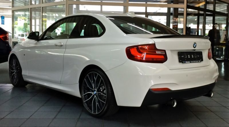 verkauft bmw m235 coupe m performance gebraucht 2014. Black Bedroom Furniture Sets. Home Design Ideas