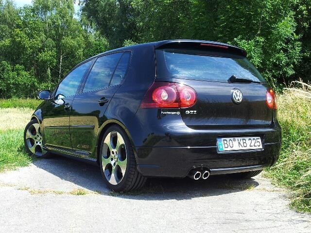verkauft vw golf v 5 gti schwarz 5 t gebraucht 2005. Black Bedroom Furniture Sets. Home Design Ideas