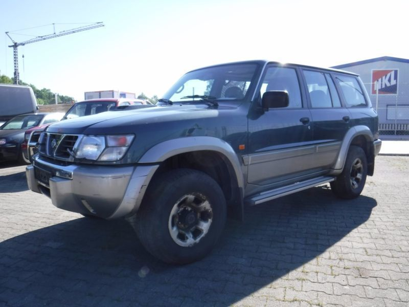verkauft nissan patrol gr 3 0 gebraucht 2002 km in kolbermoor. Black Bedroom Furniture Sets. Home Design Ideas