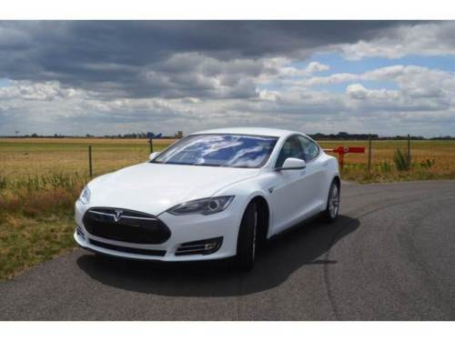verkauft tesla model s 85 juli 2015 gebraucht 2015. Black Bedroom Furniture Sets. Home Design Ideas